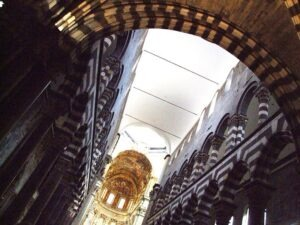 il-duomo-di-san-lorenzo-genova-photo-by-gnuckx-300x225 Ascent and Fuga
